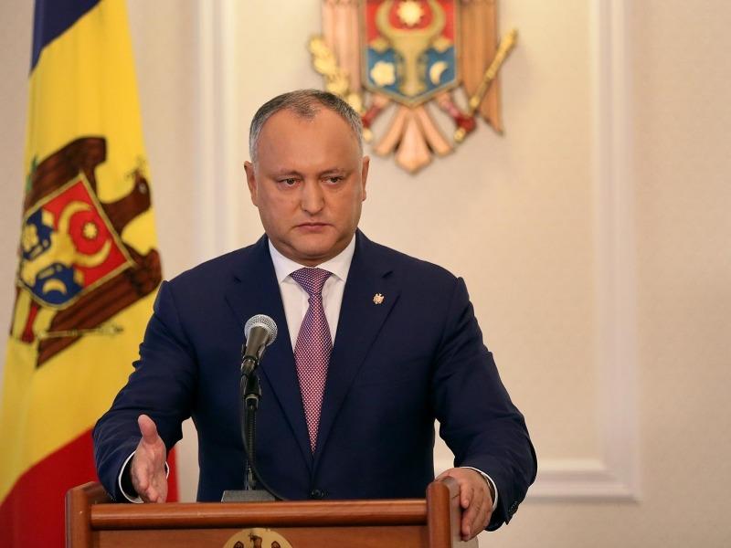 """Президент Молдовы потребовал, чтобы СИБ объяснил причину отказа во вьезде главреду """"АиФ"""""""