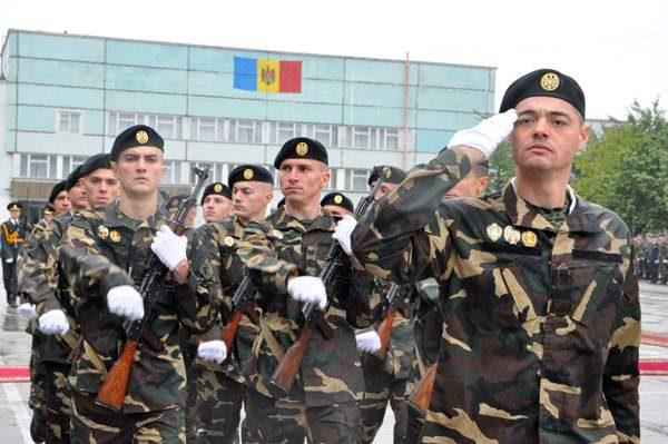 Двое бельчан обещали за 800 евро «отмазать» призывника от армии