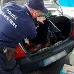 """Молдаванин пытался ввезти в страну 56 килограммов колбасы для """"личного использования"""""""