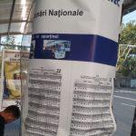 Вандалы испортили панно с расписанием общественного транспорта на бульваре Штефана чел Маре (ФОТО)