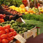 Цены на столичных рынках: овощи дорожают, сезонные фрукты дешевеют
