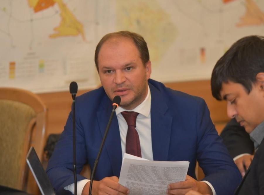 Чебан: Либералы пытаются ликвидировать мунпредприятия и навязать кишиневцам многомиллионные долги
