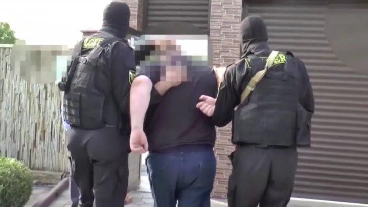 Обвиняемый в торговле детьми директор интерната оспорил свой арест