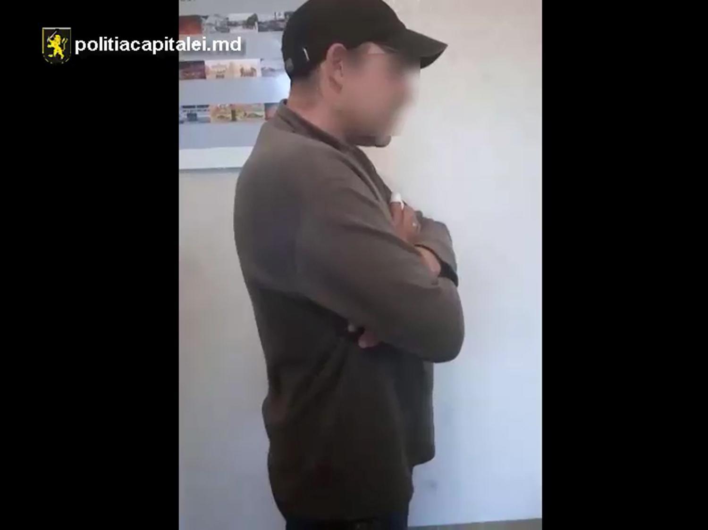 В Кишиневе задержан мужчина, укравший рюкзак с деньгами у покупателя супермаркета (ВИДЕО)