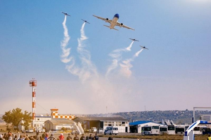 Более 35 тысяч человек посетили авиашоу в Кишиневе в эти выходные (ФОТО)