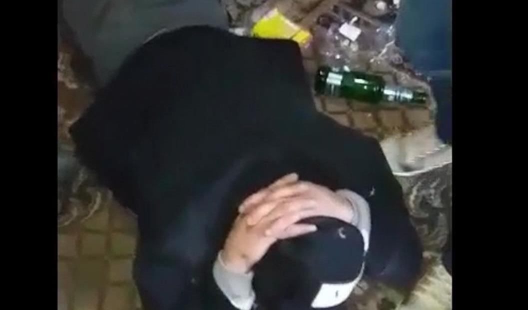 Члены столичного наркопритона изготовляли наркотики и устройства для их потребления (ВИДЕО)