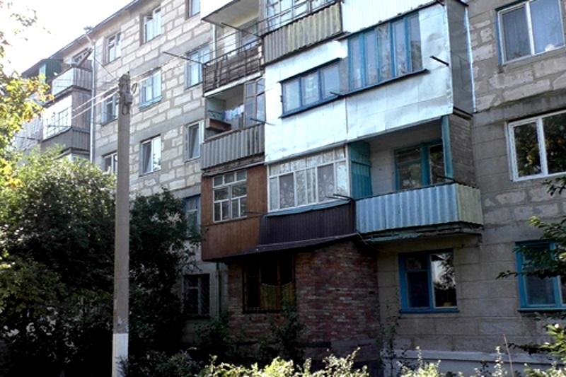 В Слободзейском районе пенсионер упал с балкона своей квартиры