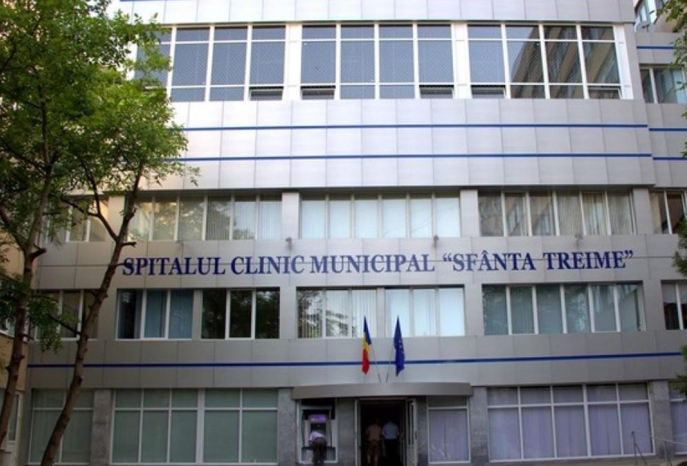 В Кишиневе мужчина разбился насмерть, выпав из окна больницы