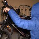 В Тирасполе двое подростков украли велосипед