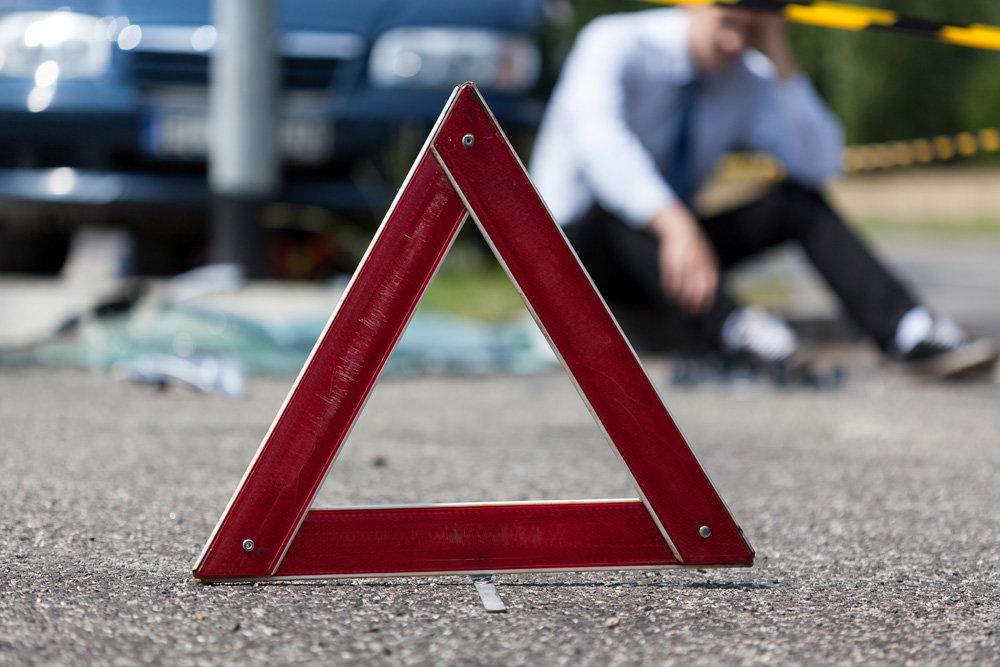На трассе Кишинёв-Кантемир водитель иномарки на высокой скорости врезался в машину на встречке (ВИДЕО)