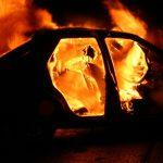 В Шолданештах мужчина сгорел в охваченном огнем автомобиле
