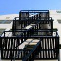 В Тирасполе 10-летний школьник упал с пожарной лестницы