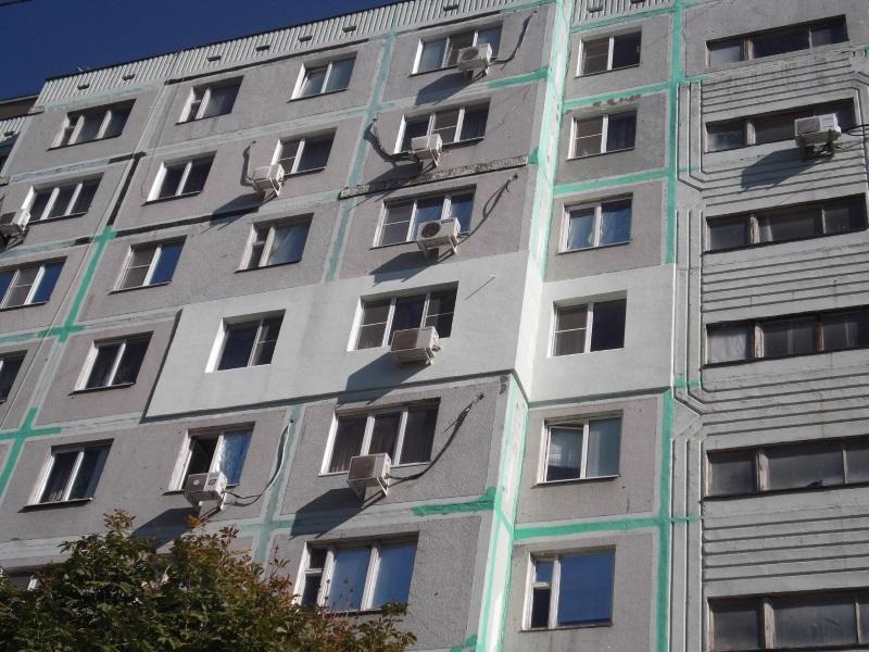 В Унгенах двухлетний ребёнок выжил после падения с пятого этажа
