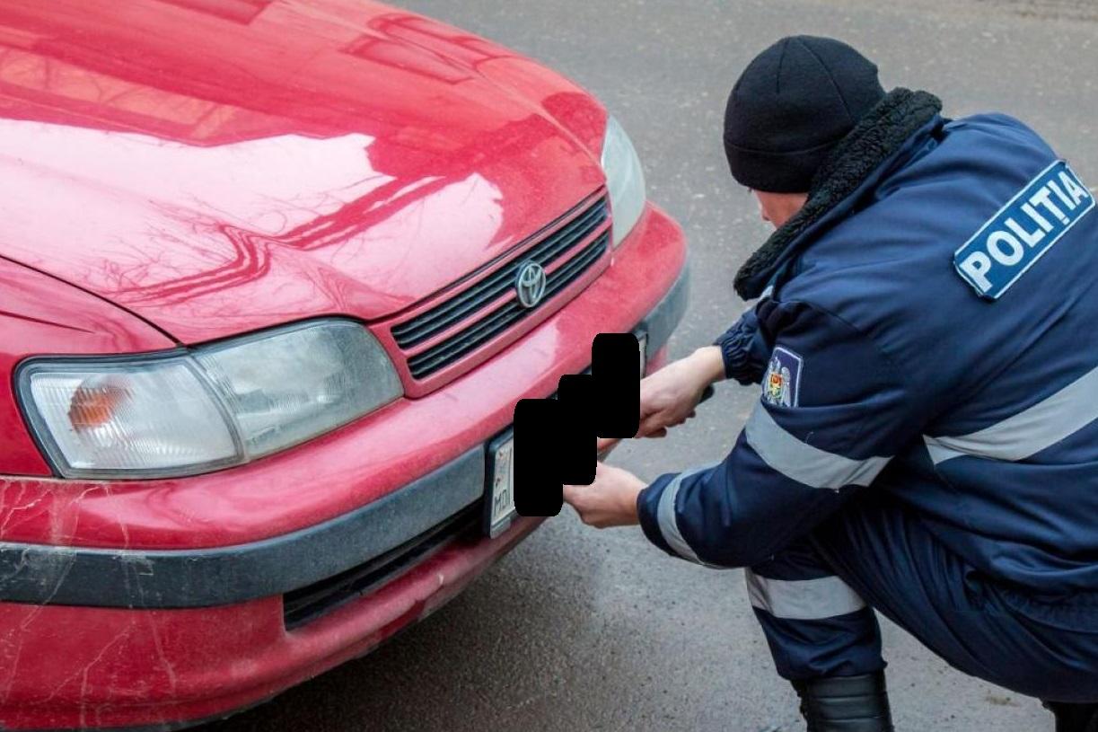 Автолюбителям на заметку: в каких случаях полиция может снять номера машины