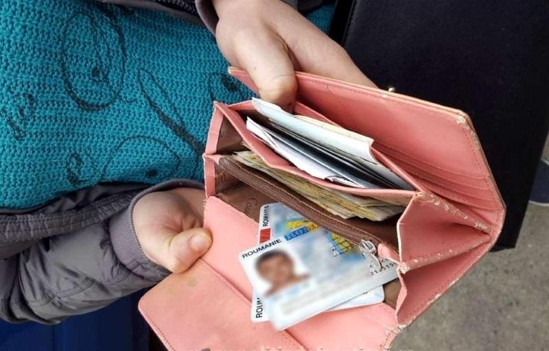 Пятеро молдаван попытались отправиться на работу в Чехию и Германию по фальшивым документам