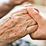 Додон в День пожилых людей: Мы в неоплатном долгу перед людьми, строившими нашу страну