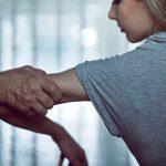 Мужчину задержали за домогательство до несовершеннолетней девочки