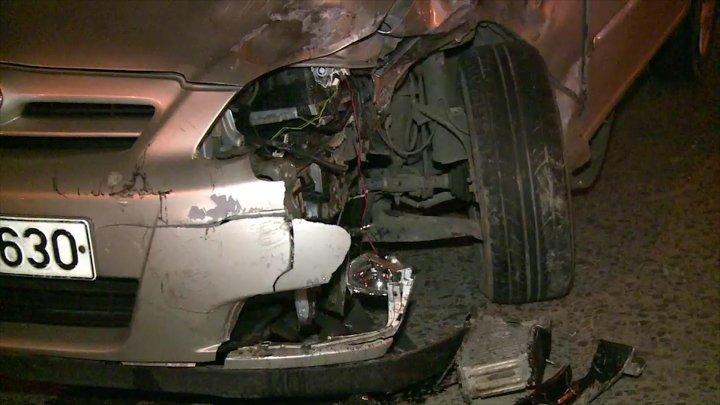 В Кишиневе такси столкнулось с легковушкой: никто не пострадал