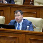 Цырдя презентовал свой научный труд об НПО-кратии в Молдове на русском языке