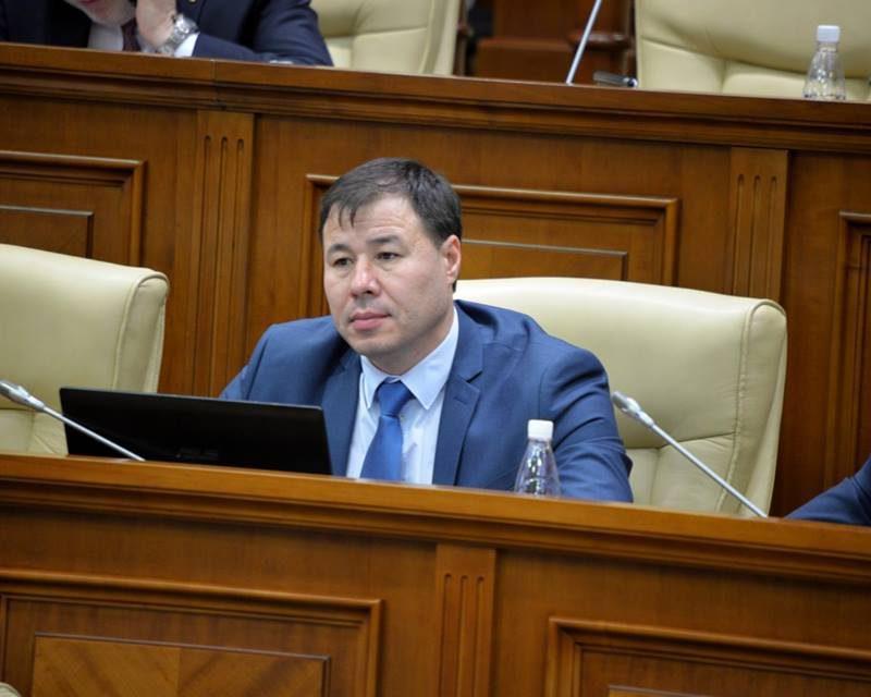 Цырдя: Как только пытаешься в Молдове посадить преступника, так он тут же заявляет, что он румын или унионист