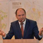 """Чебан - """"правой"""" оппозиции: Вы столько хотели досрочные выборы, можем начать с Кишинева"""