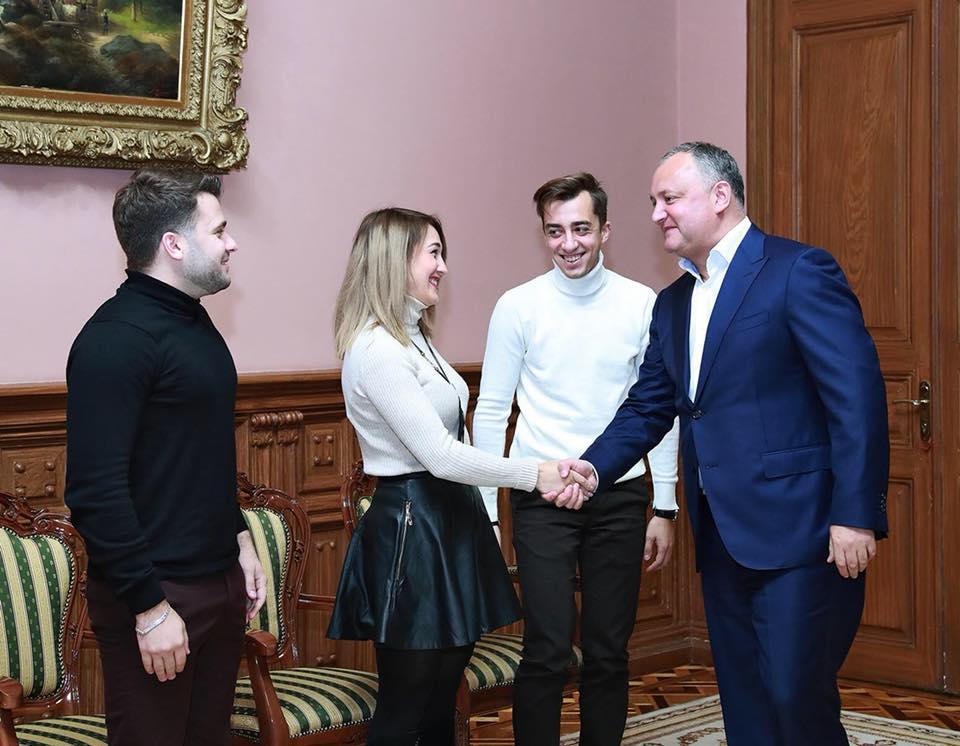 Президент Молдовы продолжит поддерживать молодые таланты во всех областях