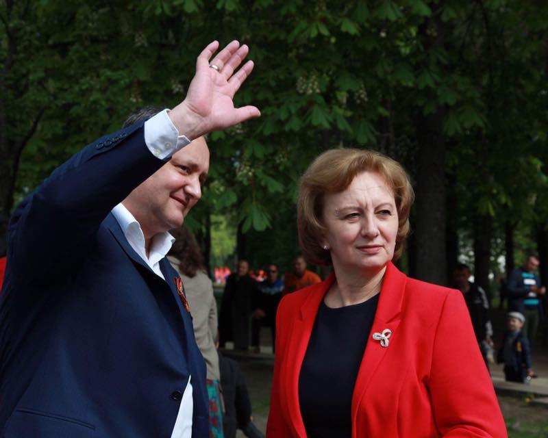 Очередной опрос подтвердил лидерство президента и ПСРМ