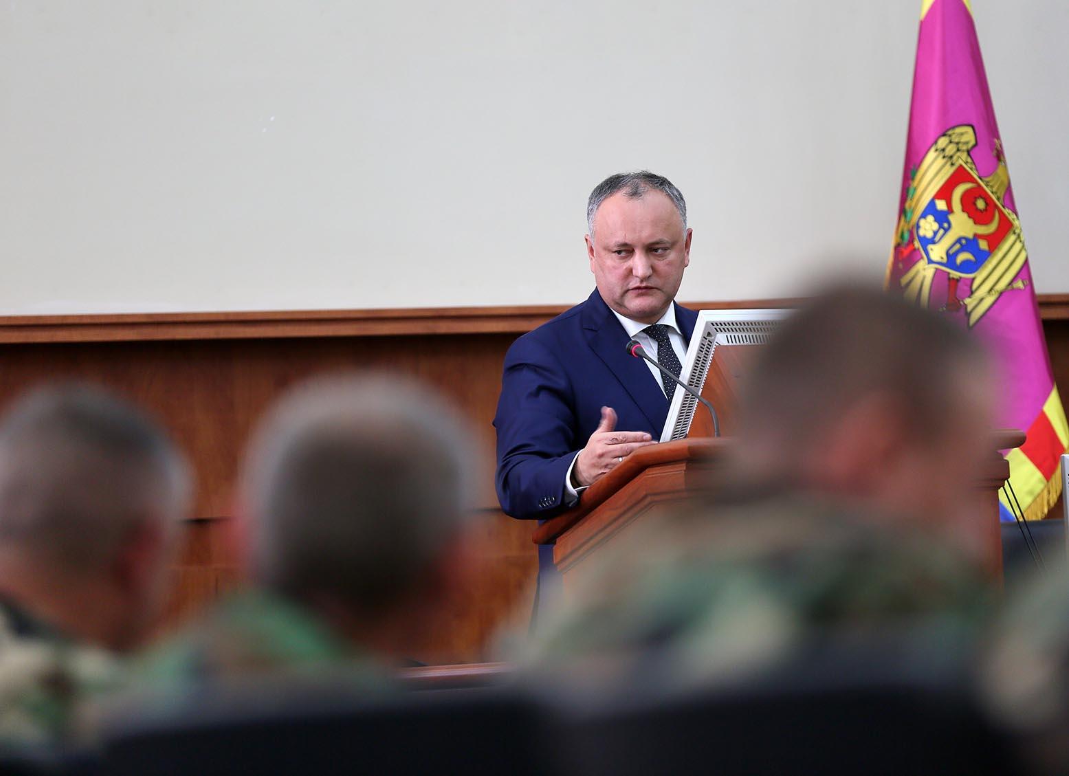 Впервые за последние 9 лет верховный главнокомандующий провел рабочее заседание с руководством Нацармии