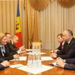 Додон просит Россию отменить таможенные сборы по некоторым категориям товаров и расширить список молдавских экспортеров