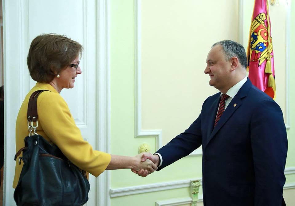 Игорь Додон обсудил последние события в Молдове с послом Германии