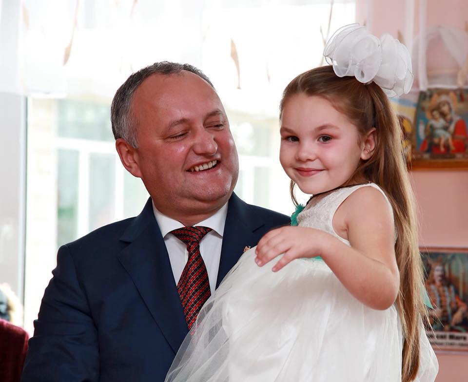 Воспитанники детсадов благодарят семью президента за оказанную помощь