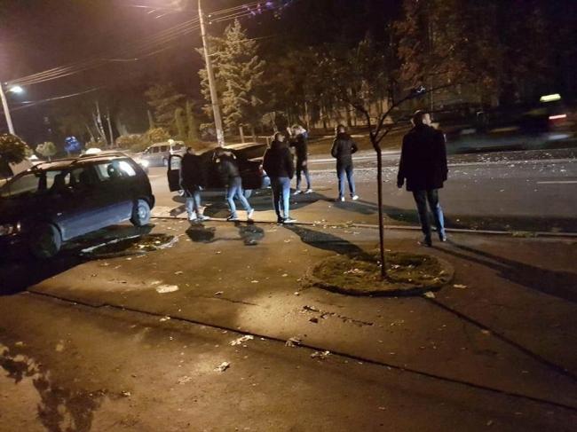 Серьезная авария произошла минувшей ночью на Рышкановке (ФОТО)