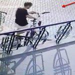 В Кишиневе мужчина украл три велосипеда, «чтобы покататься» (ВИДЕО)