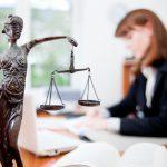 Игорь Додон поздравил юристов с профессиональным праздником