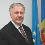 «Ярый государственник» Дьяков проголосовал за румынский язык в Конституции Молдовы