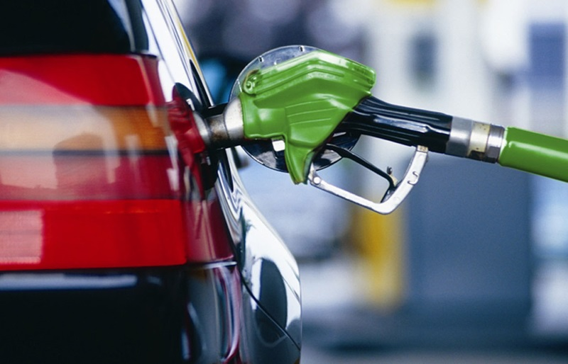 Сотрудники сети автозаправок в Молдове недоливали топливо клиентам (ВИДЕО, ФОТО)