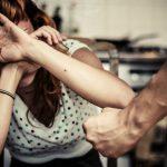 Приднестровец поздравил возлюбленную с 8 Марта, избив её