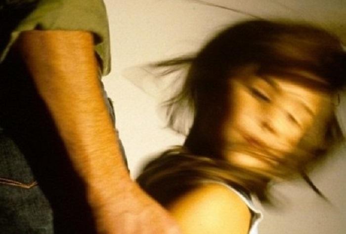 В Рыбнице отчим избил 14-летнюю падчерицу