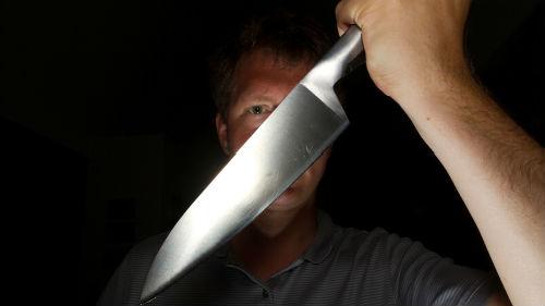 Семейная ссора завершилась трагедией: отец нанёс ножом смертельный удар сыну