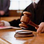 Прокуроры задержали своего коллегу, пытавшегося привлечь к уголовной ответственности невиновного человека