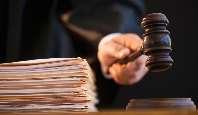 Экономический агент, занимающийся продажей цветов, был приговорён к 4 годам лишения свободы условно за уклонение от налогов