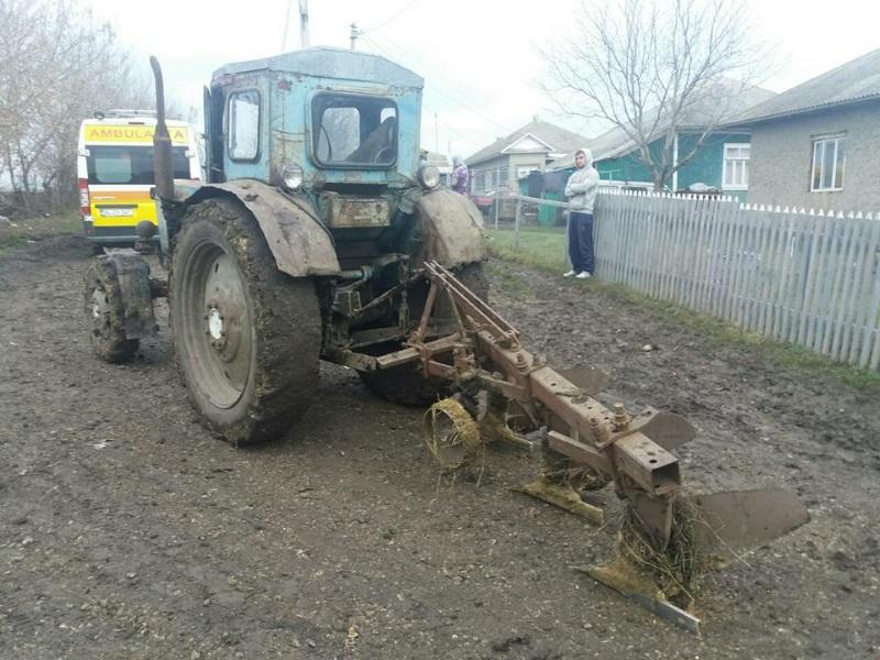 В Единцах пьяный тракторист сбил насмерть пожилую женщину (ФОТО)
