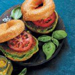 Быстрое питание. Можно ли пообедать в фастфуде без вреда здоровью?