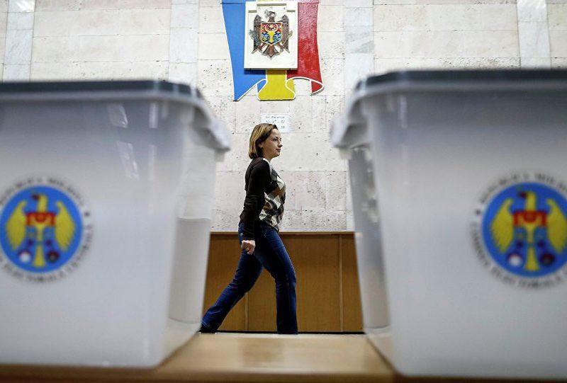 Сотни жалоб в Кишиневе: граждане не понимают, как отвечать на вынесенный на референдум вопрос