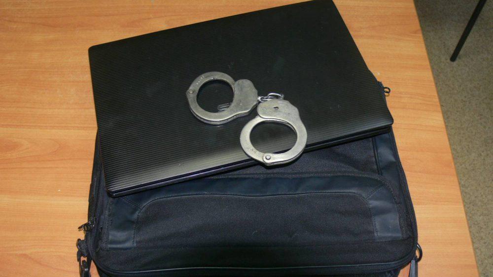 Полиция задержала жителя Дрокии, вымогавшего у жертвы 4 000 евро (ВИДЕО)