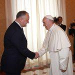 Додон встретился с Папой Римским (ВИДЕО, ФОТО)