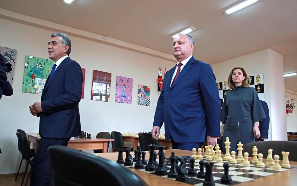 Президент решил активизировать сотрудничество между шахматными федерациями Молдовы и Армении