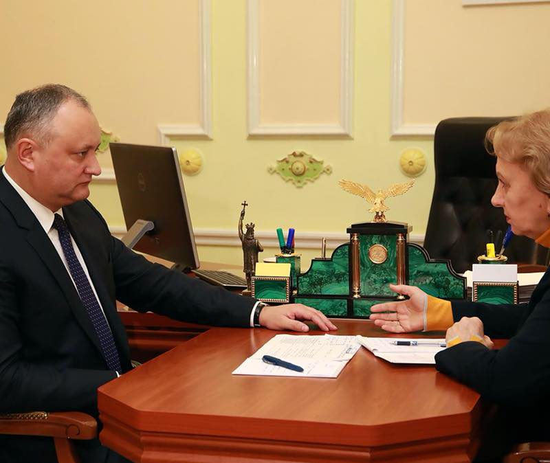 Президент предложил включить в состав молдавской делегации, которая отправится в Россию, представителей Гагаузии и Приднестровья