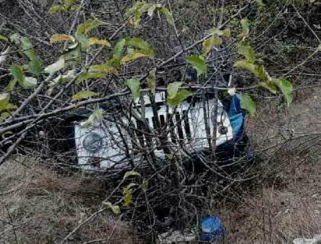 Водитель грузовика скончался, будучи раздавленным собственным автомобилем (ФОТО)