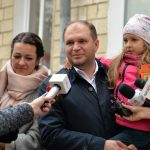 Ион Чебан вместе с супругой и детьми проголосовал за положительные перемены в Кишиневе (ВИДЕО)